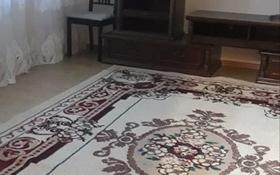 4-комнатная квартира, 90 м², 2/5 этаж помесячно, Сатпаева 32 за 160 000 〒 в Атырау