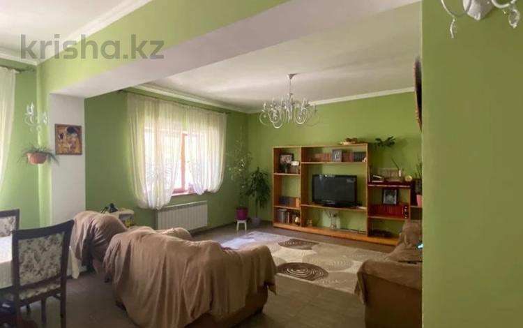 5-комнатный дом помесячно, 233 м², 6 сот., мкр Ремизовка — Курортная за 450 000 〒 в Алматы, Бостандыкский р-н