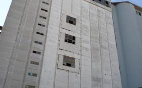 Здание, площадью 19503.7 м², Жайык 1\1Б за ~ 1.3 млрд 〒 в Аксае