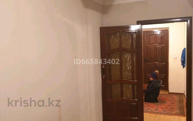 1-комнатная квартира, 48 м², 2/4 этаж, 4-й мкр 11 за 10 млн 〒 в Актау, 4-й мкр