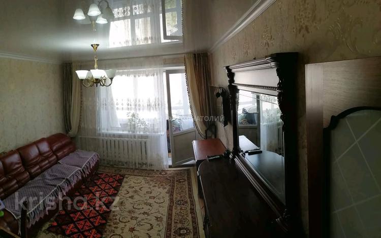 3-комнатная квартира, 63 м², 9/9 этаж, Восток-5 12 за 14 млн 〒 в Караганде, Октябрьский р-н