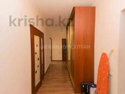 2-комнатная квартира, 66 м², 10/12 этаж, Айнакол 60 за 19 млн 〒 в Нур-Султане (Астана), Алматы р-н — фото 11