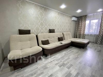 2-комнатная квартира, 55 м², 1 этаж посуточно, Космическая — Ушанова за 13 000 〒 в Усть-Каменогорске
