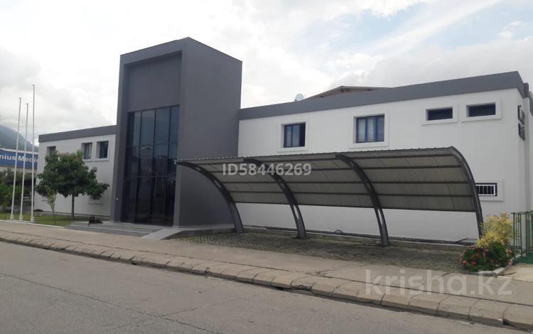 Здание, площадью 2000 м², Анталия Коньяалты за 490 млн 〒 в Анталье