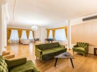 9-комнатный дом помесячно, 665 м², 14 сот.