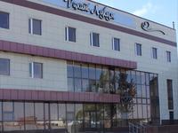 Здание, площадью 2520 м²
