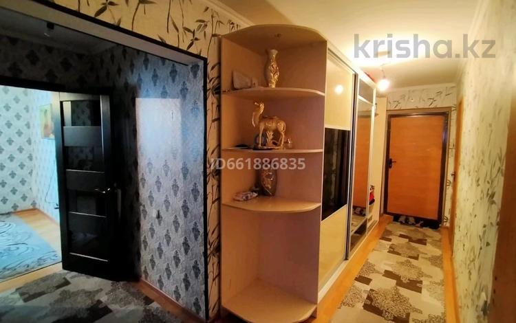 2-комнатная квартира, 52 м², 8/9 этаж, мкр Нурсат 45 за 17 млн 〒 в Шымкенте, Каратауский р-н