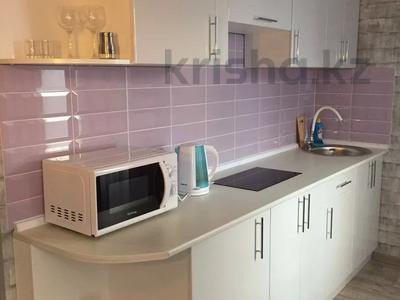 2-комнатная квартира, 55 м², 6/9 этаж посуточно, Металлургов 3 — Республики за 9 995 〒 в Темиртау — фото 4