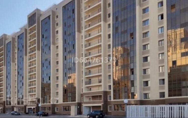 1-комнатная квартира, 40 м², 12/14 этаж посуточно, Е 49 ул 4в за 7 000 〒 в Нур-Султане (Астане), Есильский р-н