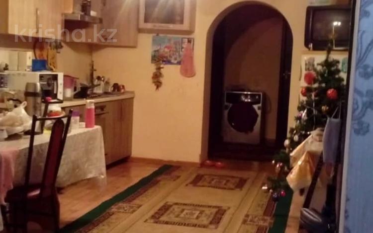 7-комнатный дом, 235 м², 4 сот., Татибекова — Бестужева за 27 млн 〒 в Алматы, Медеуский р-н