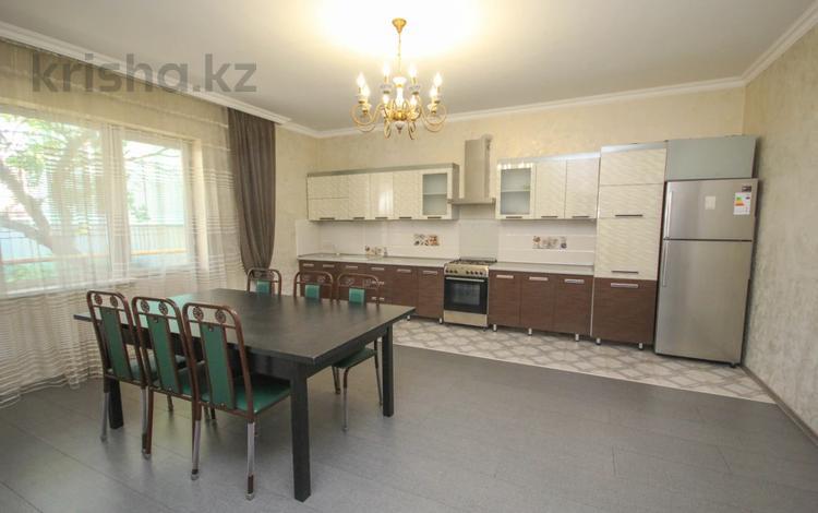 4-комнатный дом, 220 м², 8 сот., мкр Калкаман-1, Мкр Калкаман-1 — Калкаман1 за 63 млн 〒 в Алматы, Наурызбайский р-н