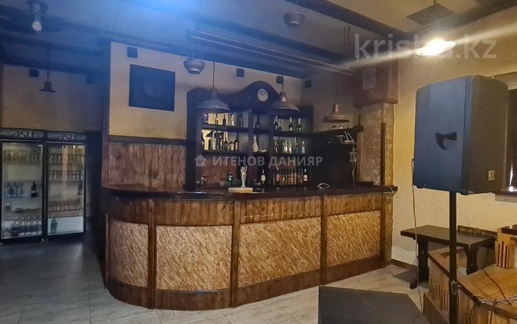 Здание, площадью 1000 м², Татибекова 4 за 525 млн 〒 в Алматы, Медеуский р-н
