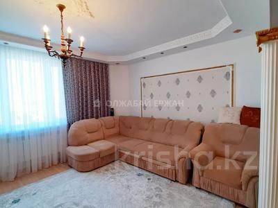 3-комнатная квартира, 90 м², 12/13 этаж, Алии Молдагуловой 27А за 24.7 млн 〒 в Нур-Султане (Астана), Сарыарка р-н — фото 10