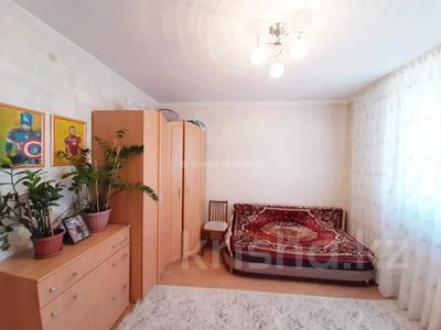 3-комнатная квартира, 90 м², 12/13 этаж, Алии Молдагуловой 27А за 24.7 млн 〒 в Нур-Султане (Астана), Сарыарка р-н — фото 16