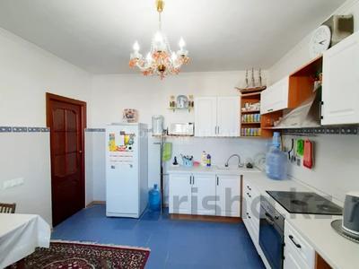 3-комнатная квартира, 90 м², 12/13 этаж, Алии Молдагуловой 27А за 24.7 млн 〒 в Нур-Султане (Астана), Сарыарка р-н — фото 22