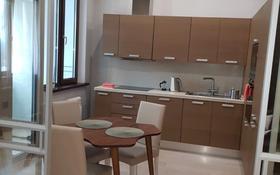 2-комнатная квартира, 90 м², 4/6 этаж помесячно, проспект Кабанбай Батыра 13/1 за 250 000 〒 в Нур-Султане (Астана), Есиль р-н