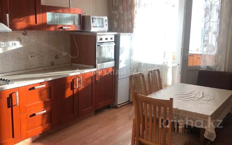 3-комнатная квартира, 110 м², 15/18 этаж помесячно, Баянауыл 1 за 230 000 〒 в Нур-Султане (Астана), р-н Байконур