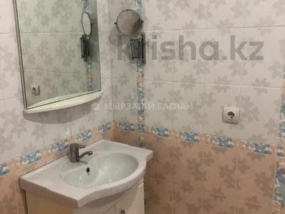 3-комнатная квартира, 110 м², 15/18 этаж помесячно, Баянауыл 1 за 185 000 〒 в Нур-Султане (Астана), р-н Байконур — фото 2