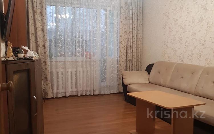 3-комнатная квартира, 62 м², 3/5 этаж, Абылайхана 11 за 17.8 млн 〒 в Кокшетау