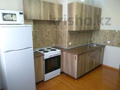 3-комнатная квартира, 95 м², 5 этаж помесячно, Сыганак 10 — Сауран за 160 000 〒 в Нур-Султане (Астана), Есиль р-н — фото 10