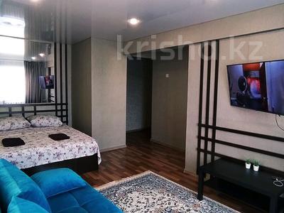 1-комнатная квартира, 35 м², 5/5 этаж посуточно, Казахстан 92 за 10 000 〒 в Усть-Каменогорске — фото 5