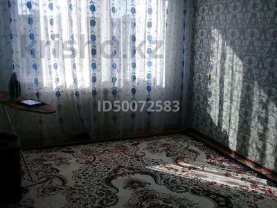 3-комнатная квартира, 62 м², 5/5 этаж, Есет Батыра 105 за 10.5 млн 〒 в Актобе, мкр 5