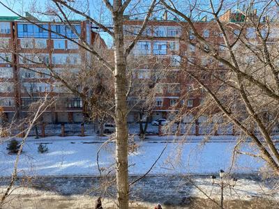 1-комнатная квартира, 65 м², 4/5 этаж посуточно, Достык 240 за 6 999 〒 в Уральске — фото 5
