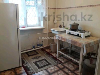 2-комнатная квартира, 48 м², 1/3 этаж, Конаева 27 за 7.8 млн 〒 в Кентау