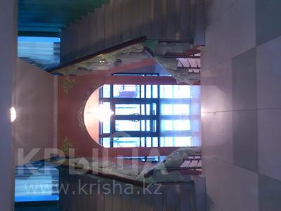 Здание, площадью 1200 м², Парижской Коммуны за 150 млн 〒 в Актобе, Новый город — фото 6
