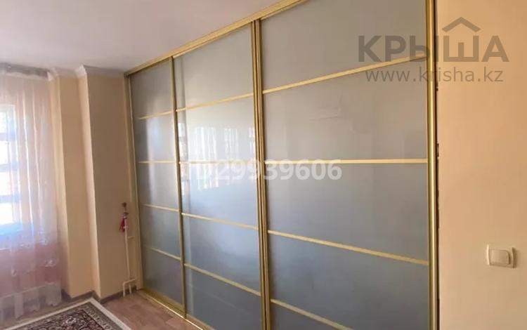 3-комнатная квартира, 65 м², 5/5 этаж, Жетi Казына за 20 млн 〒 в Атырау