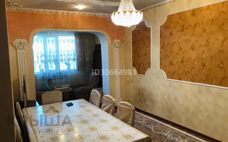 3-комнатная квартира, 64 м², 5/5 этаж, Ташенова 101 б за 20 млн 〒 в Шымкенте, Аль-Фарабийский р-н