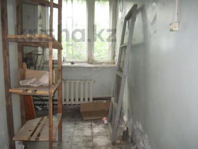 Здание, площадью 1068.7 м², Пичугина 4/8 за 39.7 млн 〒 в Караганде, Казыбек би р-н — фото 6