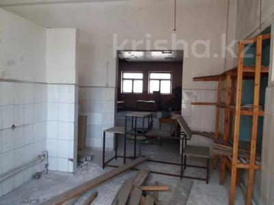 Здание, площадью 1068.7 м², Пичугина 4/8 за 39.7 млн 〒 в Караганде, Казыбек би р-н — фото 12