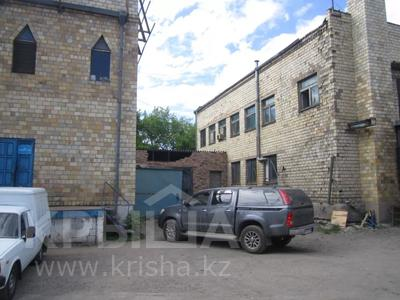 Здание, площадью 1068.7 м², Пичугина 4/8 за 39.7 млн 〒 в Караганде, Казыбек би р-н — фото 3