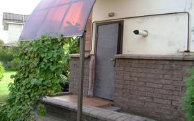 1-комнатный дом помесячно, 35 м², Аскарова — проспект Аль-Фараби за 80 000 〒 в Алматы, Бостандыкский р-н