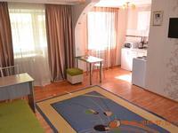1-комнатная квартира, 36 м², 3/5 этаж посуточно, Мира за 7 500 〒 в Жезказгане