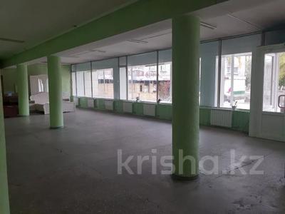 Магазин площадью 1266 м², 342квартал 7 за 250 млн 〒 в Семее — фото 3