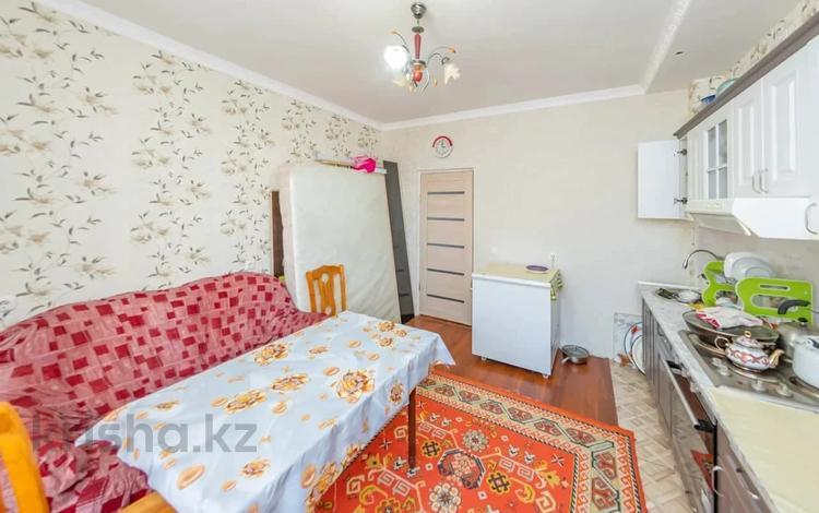 1-комнатная квартира, 60 м², Жургенова за 18.2 млн 〒 в Нур-Султане (Астане), Алматы р-н