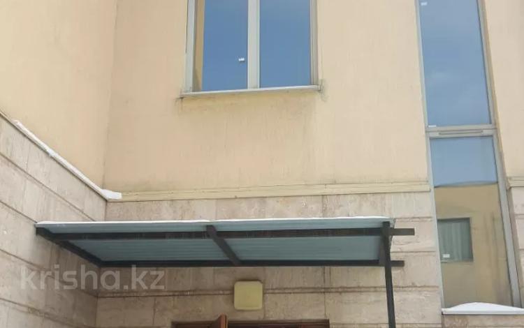 4-комнатная квартира, 185.5 м², 1/3 этаж, Архат 20/4 за 59 млн 〒 в Алматы, Бостандыкский р-н