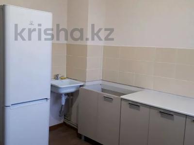 1-комнатная квартира, 45 м², 5/10 этаж помесячно, Казыбек би 5 за 58 000 〒 в Усть-Каменогорске — фото 10