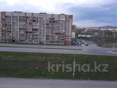 1-комнатная квартира, 45 м², 5/10 этаж помесячно, Казыбек би 5 за 58 000 〒 в Усть-Каменогорске — фото 6