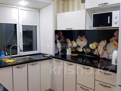 1-комнатная квартира, 36 м², 3/5 этаж посуточно, Естая 56 — Бектурова за 7 500 〒 в Павлодаре — фото 4