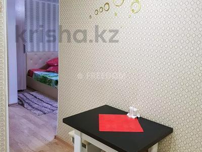 1-комнатная квартира, 36 м², 3/5 этаж посуточно, Естая 56 — Бектурова за 7 500 〒 в Павлодаре — фото 6