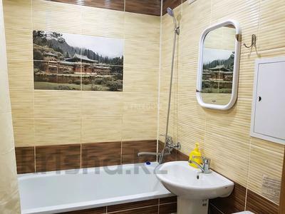 1-комнатная квартира, 36 м², 3/5 этаж посуточно, Естая 56 — Бектурова за 7 500 〒 в Павлодаре — фото 7