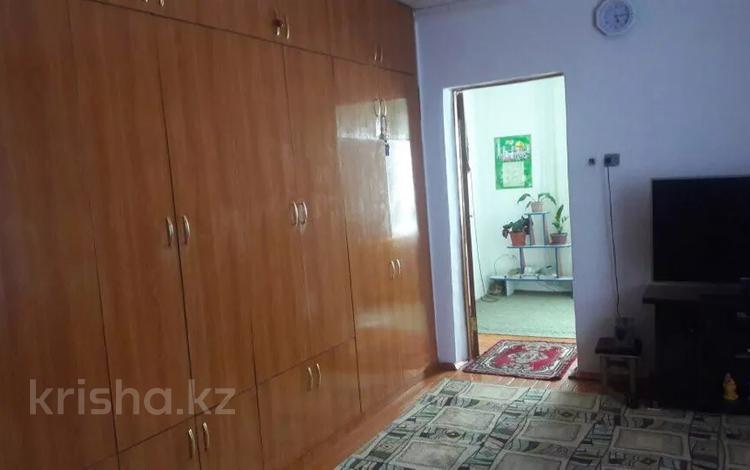 4-комнатный дом, 144 м², 8 сот., Жастар 78 — проспект Тауке хана за 10 млн 〒 в Шымкенте, Енбекшинский р-н