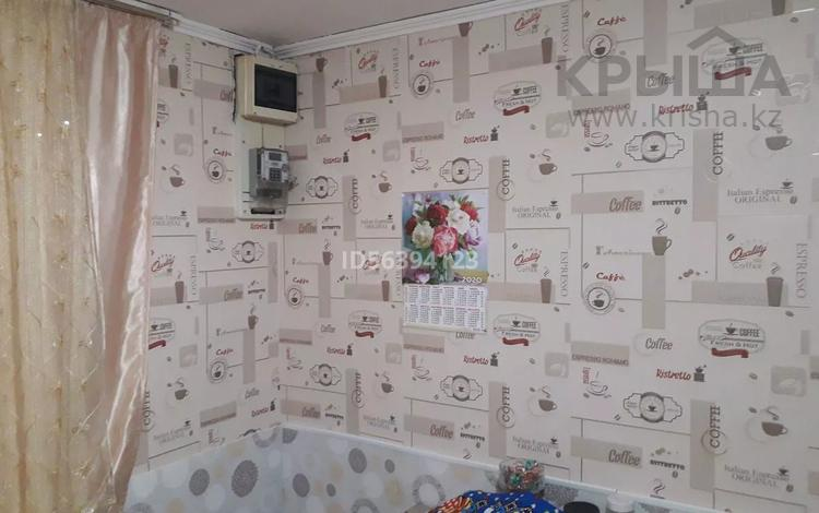 4-комнатный дом, 67.7 м², 13 сот., пгт Балыкши, Шакимова (Левая перетаска) 41 за 18 млн 〒 в Атырау, пгт Балыкши