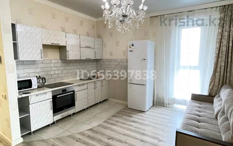 1-комнатная квартира, 43 м² посуточно, Е-10 17Л за 10 000 〒 в Нур-Султане (Астане), Есильский р-н
