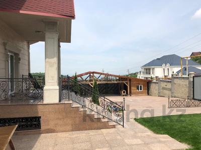 6-комнатный дом, 400 м², 20 сот., Оспанова за 300 млн 〒 в Алматы — фото 32