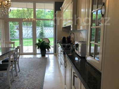 6-комнатный дом, 400 м², 20 сот., Оспанова за 300 млн 〒 в Алматы — фото 8