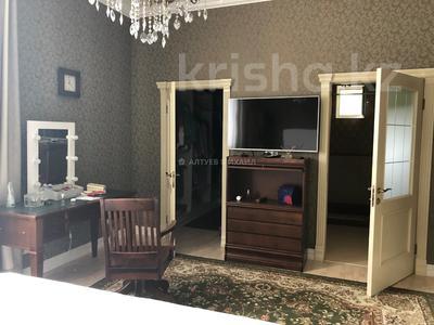 6-комнатный дом, 400 м², 20 сот., Оспанова за 300 млн 〒 в Алматы — фото 12